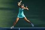 WOZNIACKI,Caroline(DEN) def SHARAPOVA,Maria(RUS).6-3 6-4 4th RD.06 Sep 2010.2010 US Open.USTA Billie Jean King National Tennis Center .Flushing,NY.USA.Photographer / Hiromasa MANO .(mannys@attglobal.net)..........