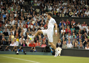 "Wimbledon Championships Day 5 24/06/2011.Sequence Andy Murray (GBR) plays a winning ""trick shot hot dog"" as he wins third round match in four sets.Photo: Roger Parker Fotosports International"