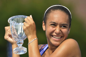 13/9/2009.US OPEN TENNIS CHAMPIONSHIPS.FLUSHING MEADOW .NEW YORK.GIRLS SINGLES FINAL.GREAT BRITAIN'S HEATHER WATSON BEATS RUSSIA'S YANA BUCHINA IN STRAIGHT SEATS TO WIN THE TITLE. .PIC DAVE SHOPLAND .